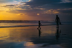 Bright Bali Sunset - Family Time