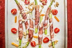 Asparagus wrapped in Parma ham