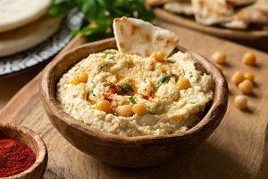 Homemade chickpea hummus bowl