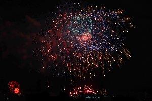 Fireworks 3 .