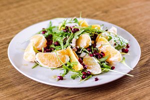 Rucola, orange, pomgranate salad