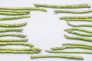 Green asparagus circle frame