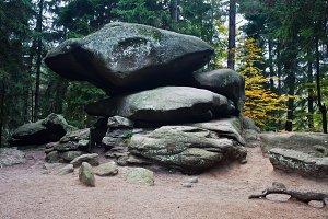 Chybotek Balancing Rock