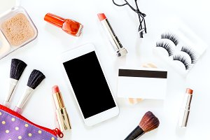 Makeup cosmetics with smartphone
