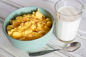 cornflakes with milk for Breakfast