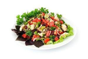 Salad with beans, tomatoes