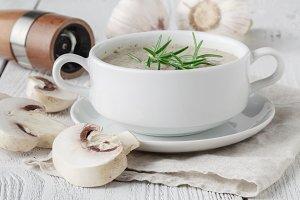 Fresh mashed mushroom soup