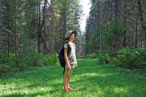 Girl travels the Altai taiga