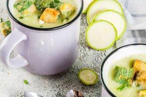 Zucchini creamy soup