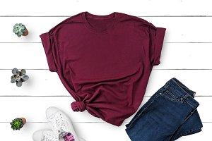 Gildan T-shirt Mockup Maroon