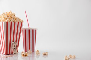 Popcorn & movie tickets white front