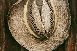 The straw hat of the gardener
