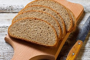 Sliced rye bread with sesame seeds