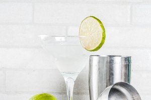 Lemon margarita cocktail