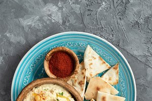 Chickpea Hummus and Pita Chips