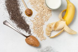 ingredients for night oatmeal