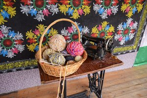 Knit thread for knitting. The old manual sewing machine