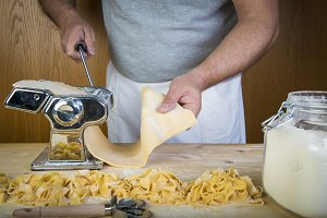Making fresh egg pasta at home
