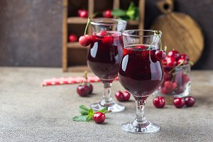 Homemade fresh cherry juice