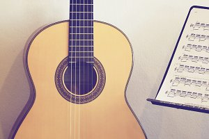Classical guitar with stand note