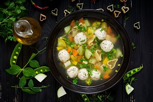 Chicken and vegetable soup with meat