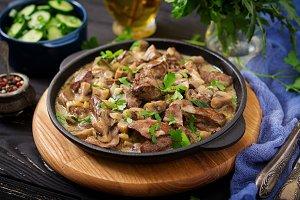 Stroganoff chicken liver