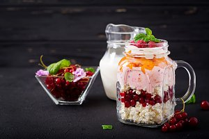 Cottage cheese and yoghurt desserts