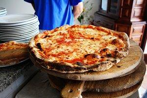 Pizza in Italian