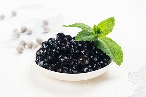 Black pearls of tapioca