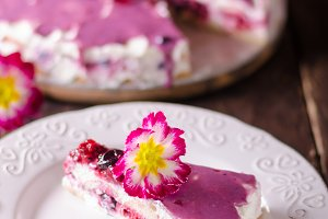 Cheesecake with white chocolate