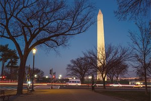 Washington Monument an night, USA