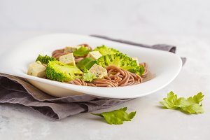 Soba Noodles with tofu and broccoli