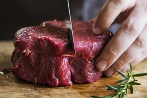 Cutting a fillet steak food