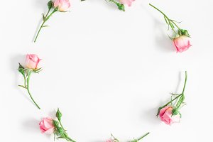Rose flowers wreath