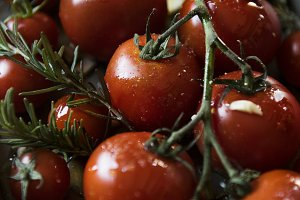 Cherry tomatoes with rosemary