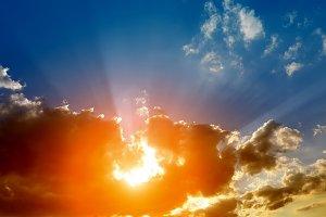dramatic sky with sun rays