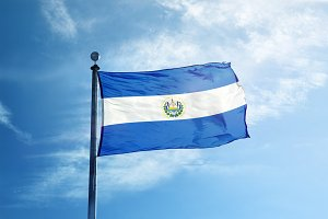 El-Salvador flag on the masta