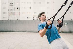 crossfit push ups with trx