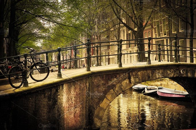 Romantic bridge over canal. Old town - Architecture
