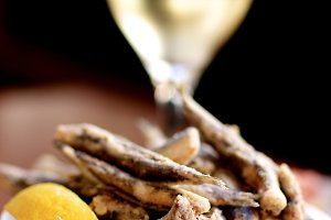 Crunchy Fried Anchovies