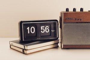 retro clock and radio
