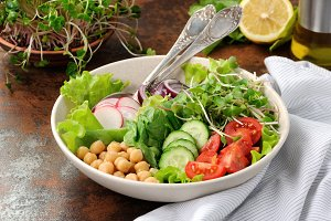 Vegetable salad of chickpeas and spr