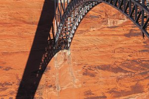 bridge to the Glen Canyon Dam