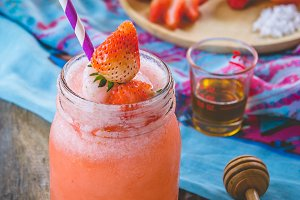 strawbery smoothie
