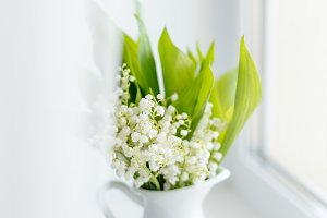 bouquet of fresh spring lilies