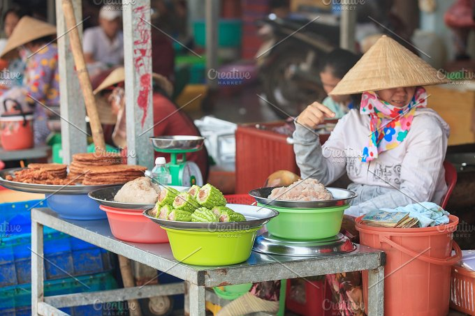 EDITORIAL. Traditional asian market - Food & Drink