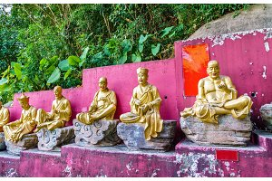 Statues on the way to the Ten Thousand Buddhas Monastery in Hong Kong