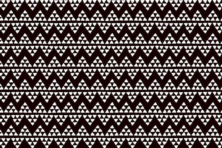 Triangles ethnic african pattern