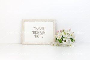 Frame MockUp, floral, horizontal