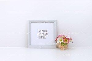 Frame MockUp, pink flowers, square